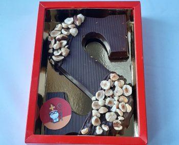 Chocoladeletter Tjokvol met versgebrande hazelnoten